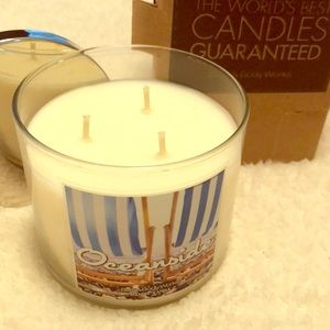 NWT Bath & Body Works Oceanside 3 wick candle 🌊